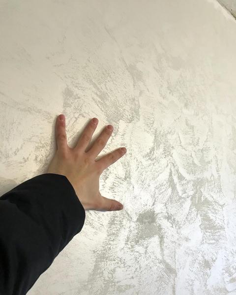 Отделка стен декоративной штукатуркой своими руками